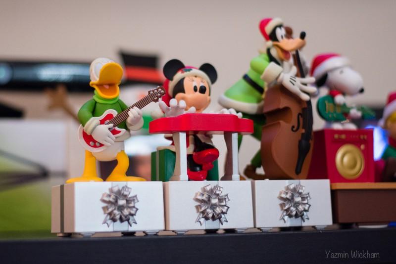 {321/365} Disney Hallmark Band