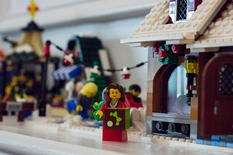 {322/365} Lego Christmas village caroler